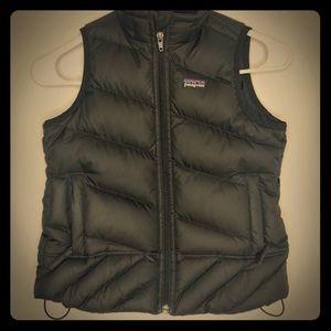 Girls Black Puff Vest